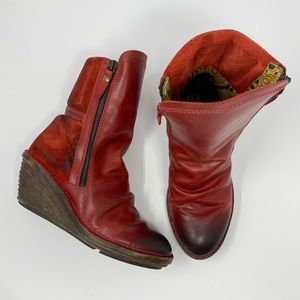 Fly London Simi Mid Calfs Boots Red Size 7